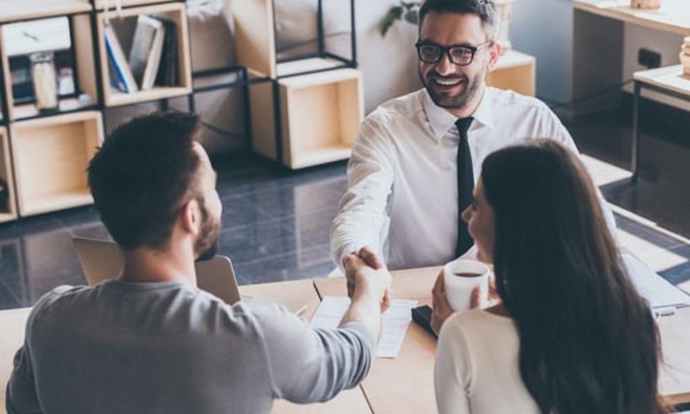 Vrijblijvend contact met onafhankelijke hypotheekadviseur