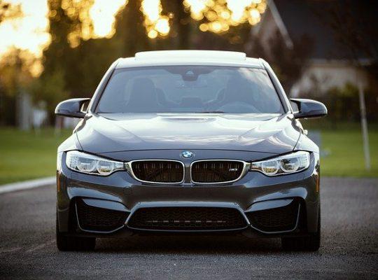 Tweedehands auto's zijn populair