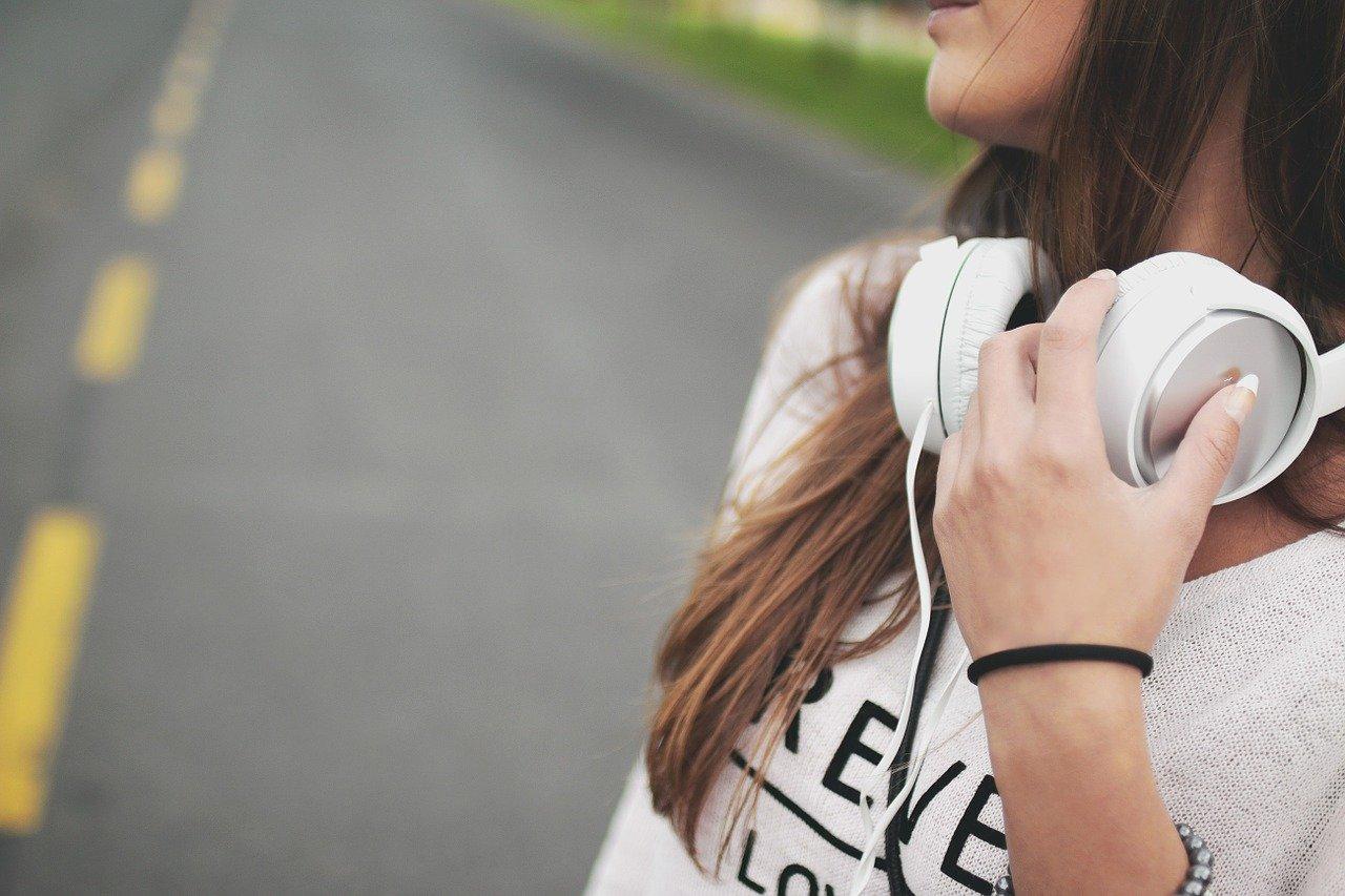 Koptelefoon of oordoppen? Voor wat kies jij?!